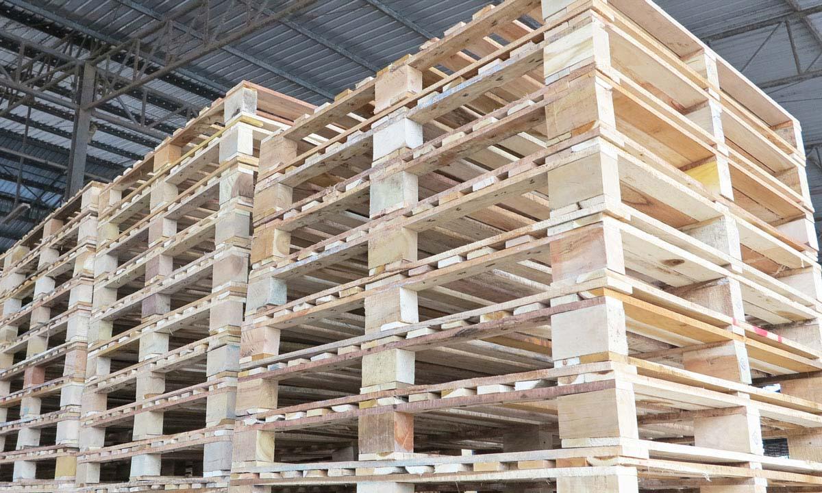 ไม้พาเลท คือ ไม้สำหรับวางสินค้า